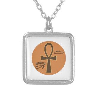 Ankh jeroglífico colar com pendente quadrado