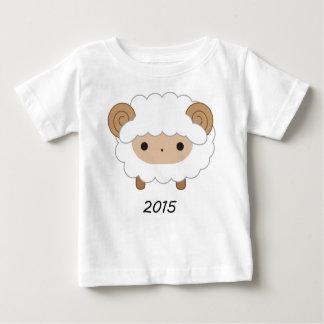 Ano da camisa dos miúdos dos carneiros 2015