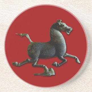 Ano da porta copos redonda do cavalo