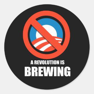 Anti-Obama - uma revolução está fabricando cerveja Adesivos Em Formato Redondos