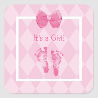 Anúncio bonito do nascimento das pegadas do bebé adesivo quadrado