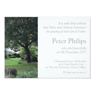 Anúncio calmo do funeral do jardim 6 da árvore convite 12.7 x 17.78cm
