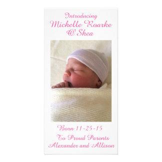 Anúncio cor-de-rosa 8x4 do bebê da inscrição da cartão com foto
