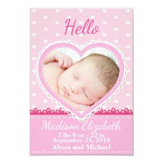 Anúncio cor-de-rosa do nascimento do coração do