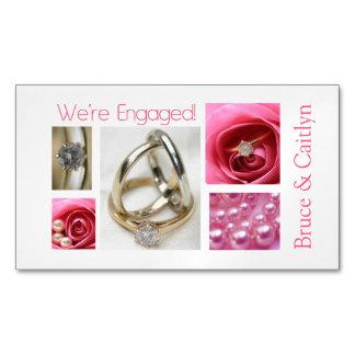 Anúncio cor-de-rosa do noivado da colagem