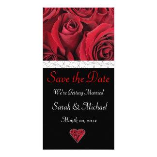 Anúncio do casamento da rosa vermelha cartão com foto