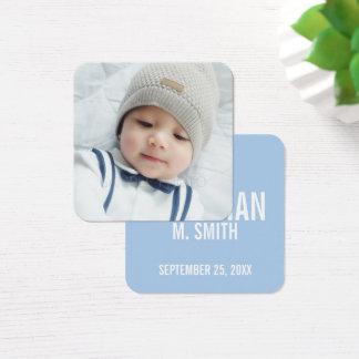 Anúncio do nascimento com a foto recém-nascida cartão de visitas quadrado