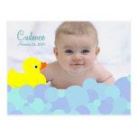 Anúncio do nascimento da foto do banho de espuma cartao postal