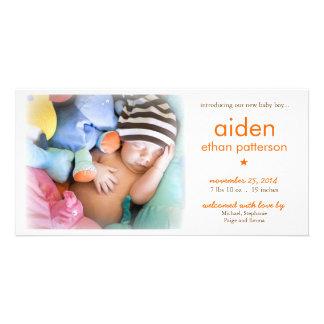 Anúncio do nascimento da foto do bebé da simplicid cartões com foto