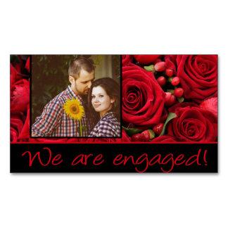 anúncio do noivado da foto das rosas vermelhas