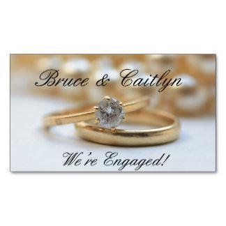 Anúncio do noivado do anel de diamante