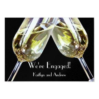 Anúncio do noivado do brinde de Champagne Convite 12.7 X 17.78cm