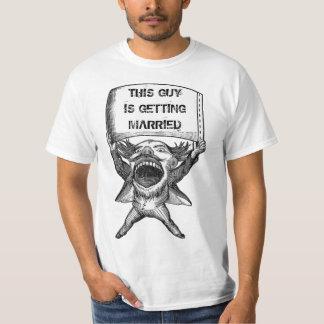 Anúncio engraçado camiseta