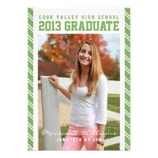 Anúncio escolar listrado verde da graduação convite personalizados