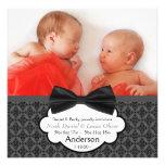 Anúncio gêmeo do nascimento da foto do bebé do laç convite