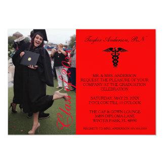 Anúncio médico vermelho da graduação da escola do convite 12.7 x 17.78cm