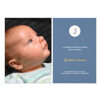 Anúncio moderno azul do nascimento do monograma