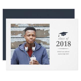 Anúncio moderno do convite da graduação da foto