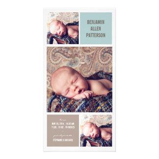 Anúncio moderno do nascimento do bebé da foto do t cartoes com fotos