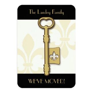 Anúncio movente chave da flor de lis do ouro convite 8.89 x 12.7cm