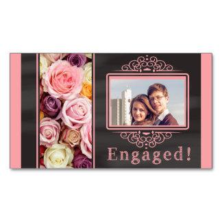 anúncio pastel do noivado da foto dos rosas