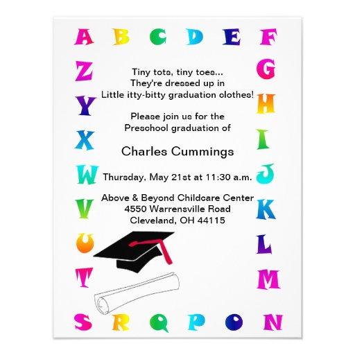 Anúncio pré-escolar da graduação dos pequenos pequ convites personalizados