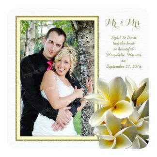 Anúncio privado do casamento do Plumeria tropical Convite Quadrado 13.35 X 13.35cm