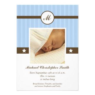 Anúncio recém-nascido na moda da foto de menino az convite personalizados