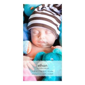 Anúncio simplesmente moderno do nascimento da foto cartoes com foto personalizados