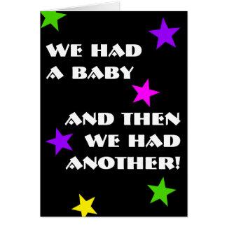 Anúncio unisex do nascimento dos gêmeos