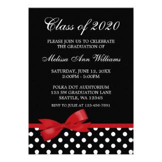 Anúncio vermelho da graduação das bolinhas do arco convites personalizados