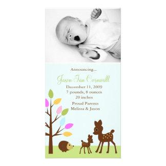 """""""Anúncios do nascimento na floresta"""" Cartão Com Foto"""