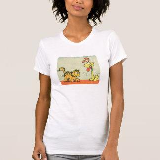 Apenas andando perto, a camisa das mulheres camiseta