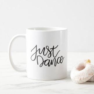 Apenas caneca da dança  