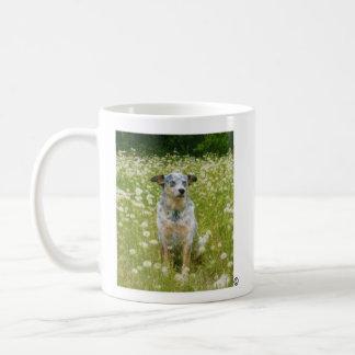 Apenas respire/caneca do cão caneca de café