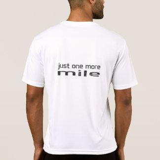 Apenas uma mais camisa do corredor da milha