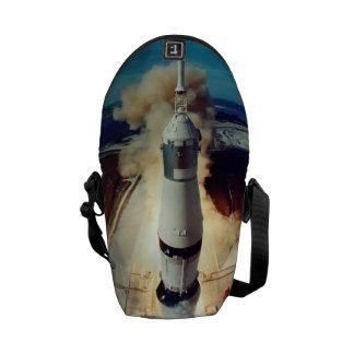 Apollo 11 tira bolsas mensageiro