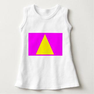 Aprenda seu vestido das formas. Triângulo