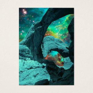 Arco dobro no cartão de visita do espaço