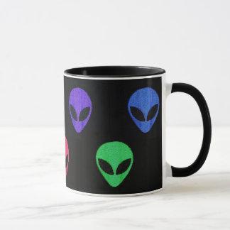 Arco-íris do *Customize* da caneca dos aliens