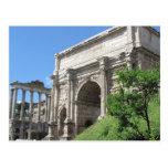 Arco romano do fórum de Titus - Roma, Italia Cartão Postal