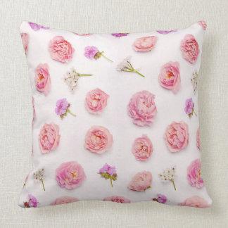 Arranjo floral bonito almofada