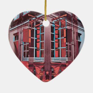 Arte digital da reflexão azul vermelha das janelas ornamento de cerâmica coração