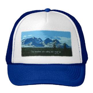 Arte digital dos picos de montanha - citações de boné