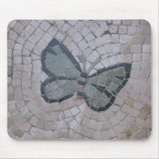 arte do azulejo de mosaico de uma borboleta mouse pad