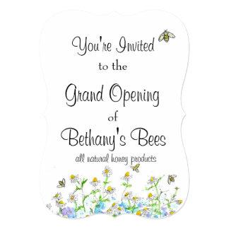 Arte do jardim da camomila do convite das abelhas