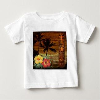 Arte do totem da flor da paixão de Havaí do T-shirts