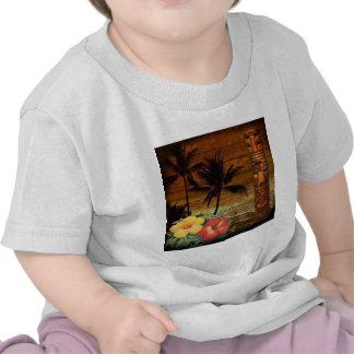 Arte do totem da flor da paixão de Havaí do vintag Camisetas