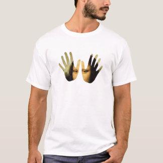 Arte em minha mão camiseta