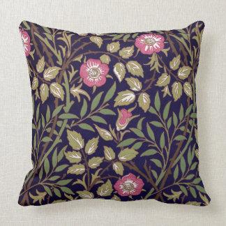 Arte floral Nouveau do Briar doce de William Almofada